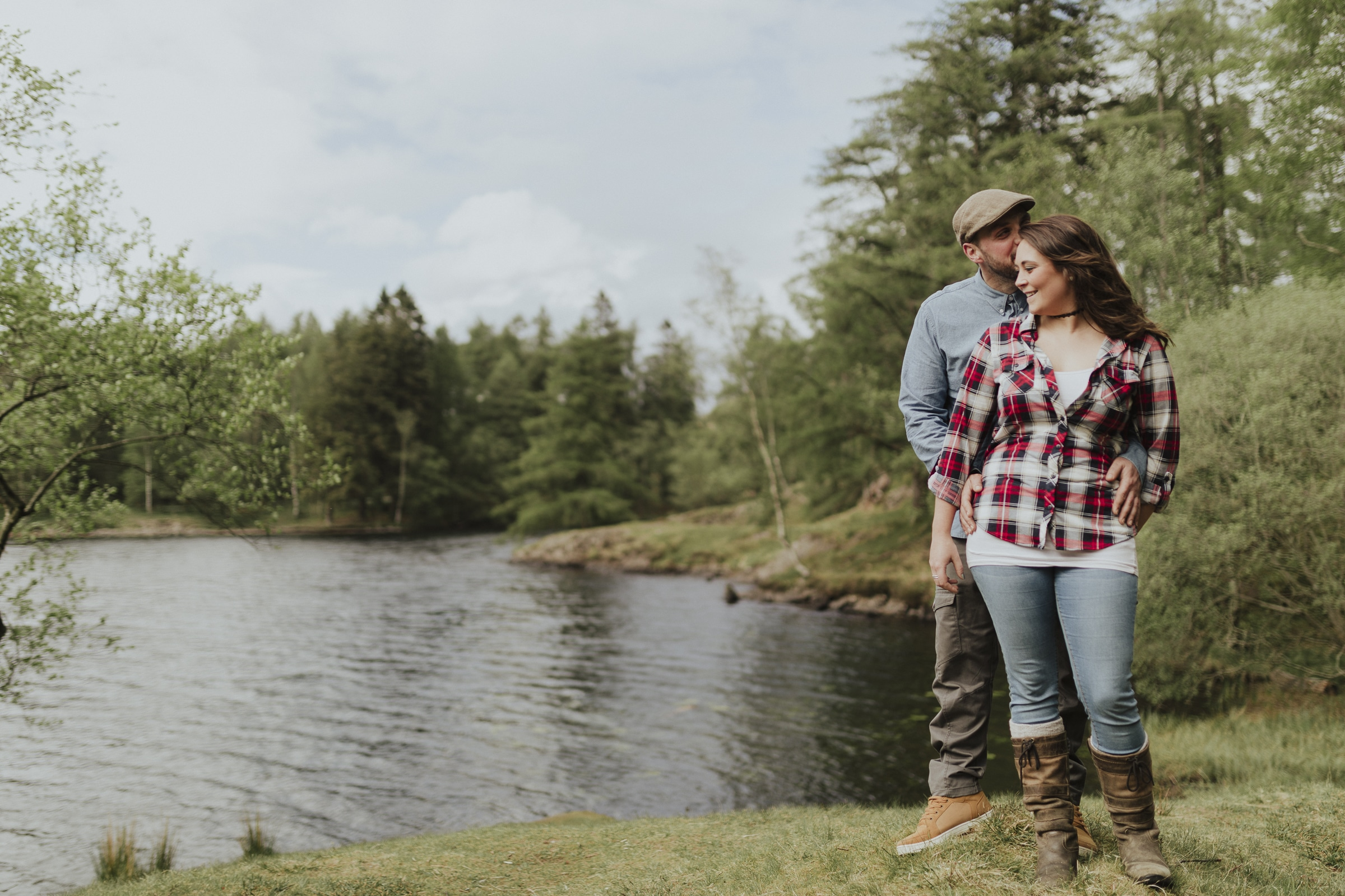Couples portrait session on tarn hows in the lake district