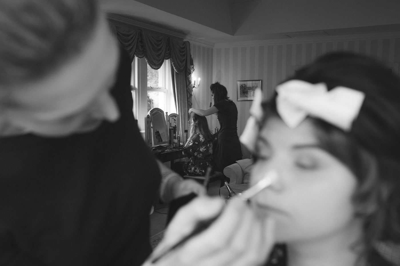 Makeup Finishing off For Wedding